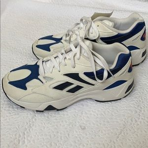 Reabok dad shoes NWT